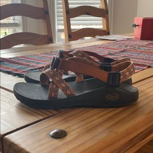 Chaco size 8